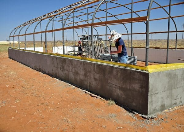 How to Apply EIFS to a Greenhouse